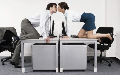 L'amour au travail: ça passe ou ça casse?